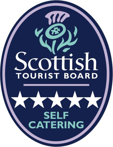 5 Star Self Catering Logo